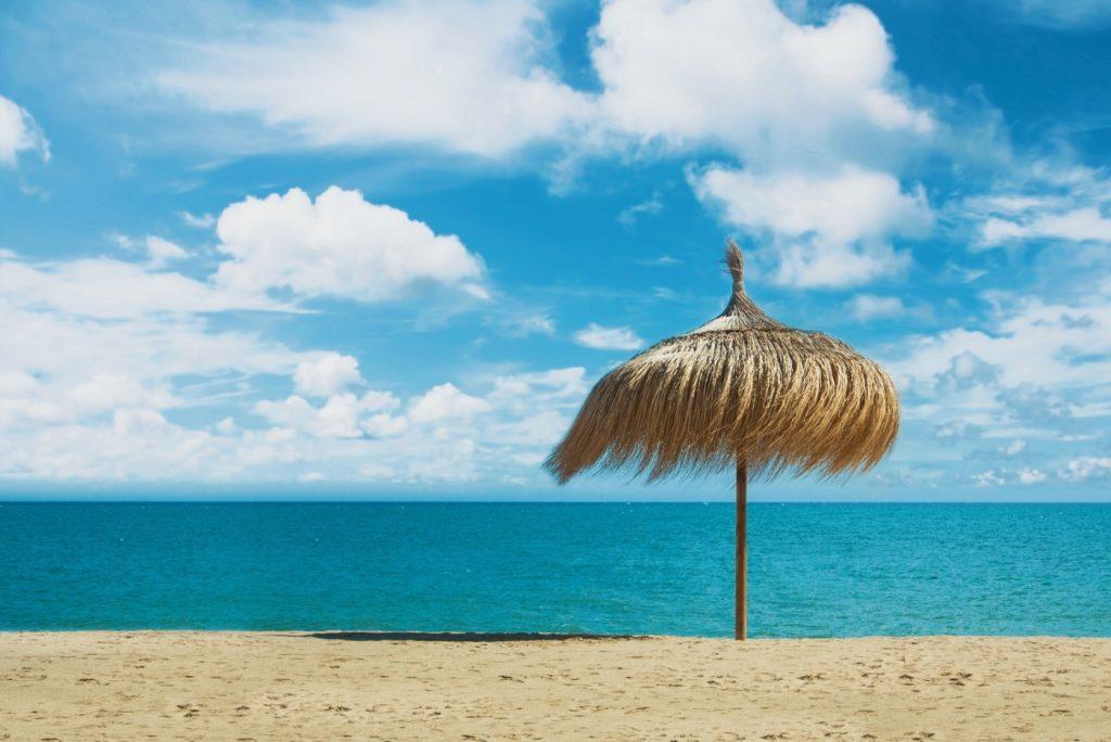 pasear por paseo la playa de torremolinos