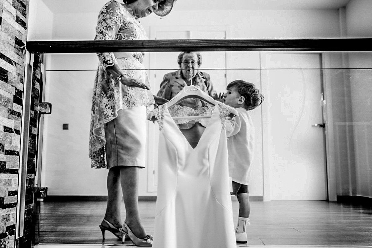 Javier Alzahira –  Fotógrafo de Bodas en Torremolinos